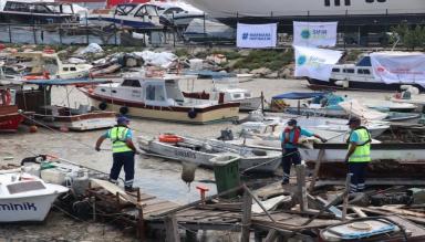 Marmara Denizi'nde Eş Zamanlı Olarak Temizlik Çalışması Başladı
