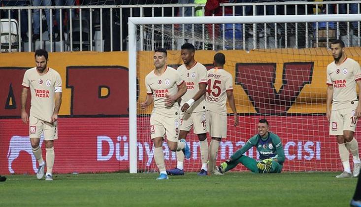 Galatasaray'a Bir Darbede Göztepe'den!