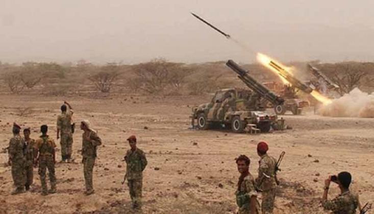 Yemen Ordusundan Suudilere Karşı Füzeli Operasyon