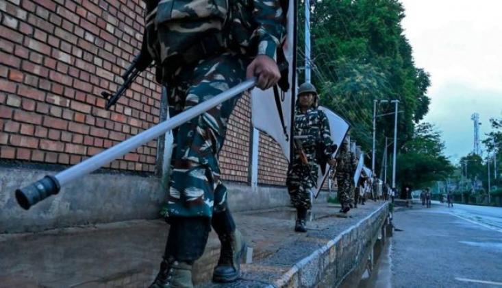 Keşmir'de Ordu İşkence Yapıyor
