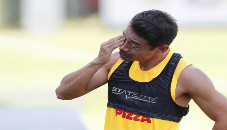 Galatasaray'da Ayrılık! Gözyaşlarıyla Veda Etti...