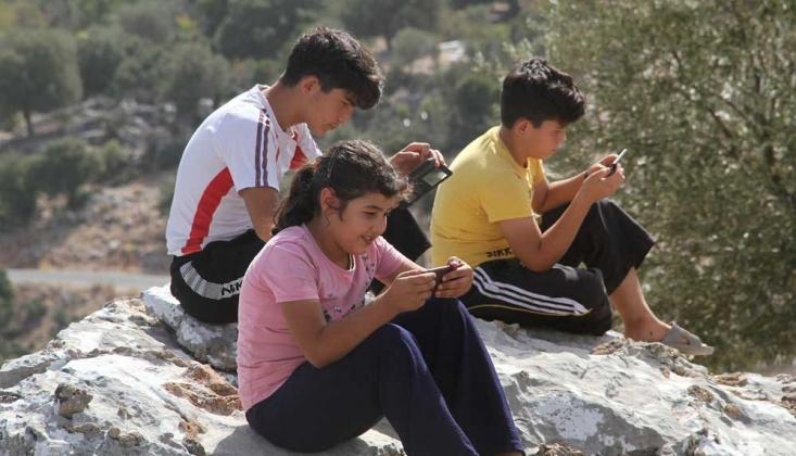 Muğla'da Öğrenciler, Derse Bağlanmak İçin Dağa Çıkıyor