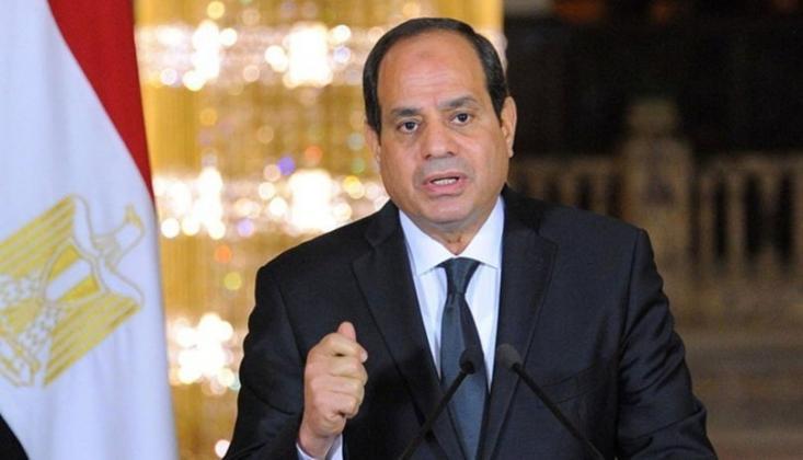 Mısır'da 3 Aylık Olağanüstü Hal İlan Edildi