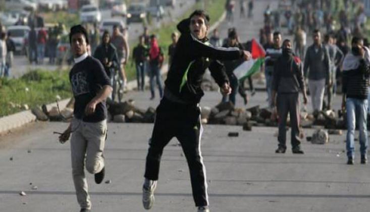 Hamas'tan Abbas Yönetimine 'Direnişe Geçin' Çağrısı