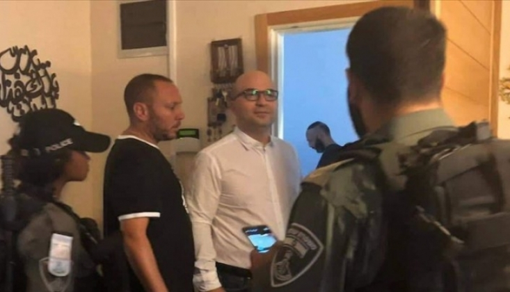 İsrail Güçlerinden Filistinli Bakanın Evine Baskın