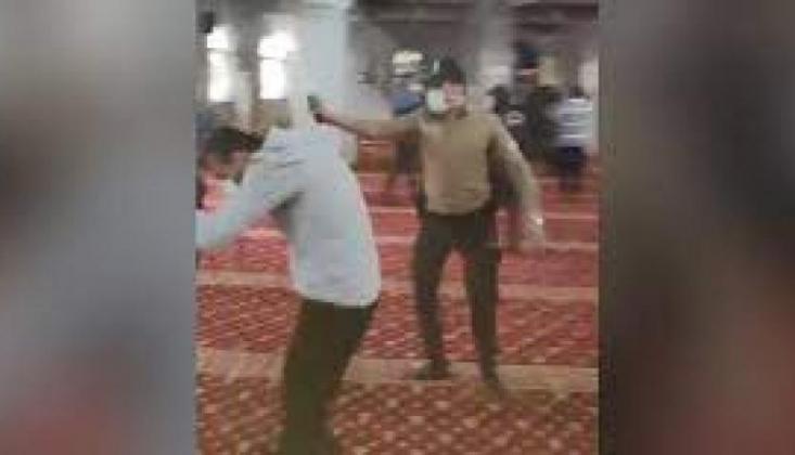 Camide 'İtikaf' Yapmak İsteyen Furkan Vakfı Üyelerine Biber Gazlı Müdahale