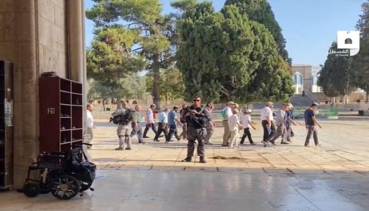 İşgal Güçleri Mescid-i Aksa Baskınlarına Devam Ediyor