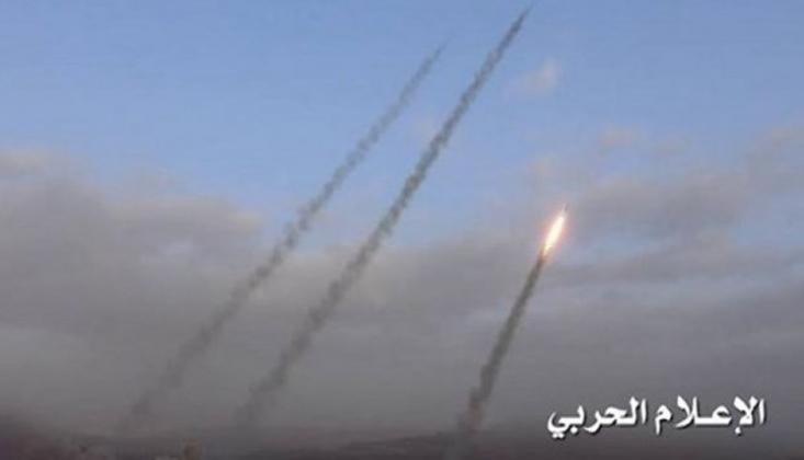 Yemen Güçlerinden Arabistan'ın Güneyine 5 Balistik Füze