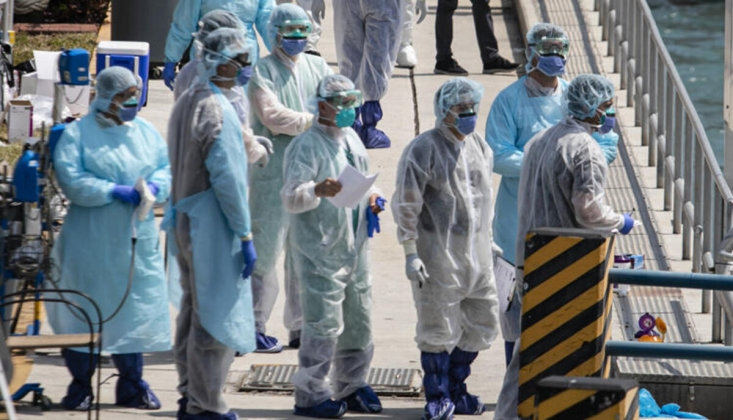 ABD'de COVID-19'dan Ölenlerin Sayısı 450 Bini Aştı