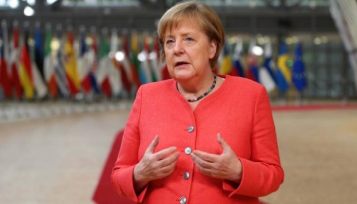 Merkel: Doğu Akdeniz'de Yunanistan'ın Yanındayız