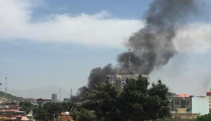 Afganistan'da Patlamalar; Kabil Havalimanına Roketli Saldırı