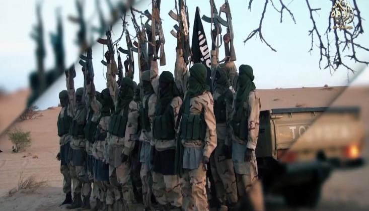Suudi Koalisyonu Yemen'de El-Kaide'yi Kullanıyor