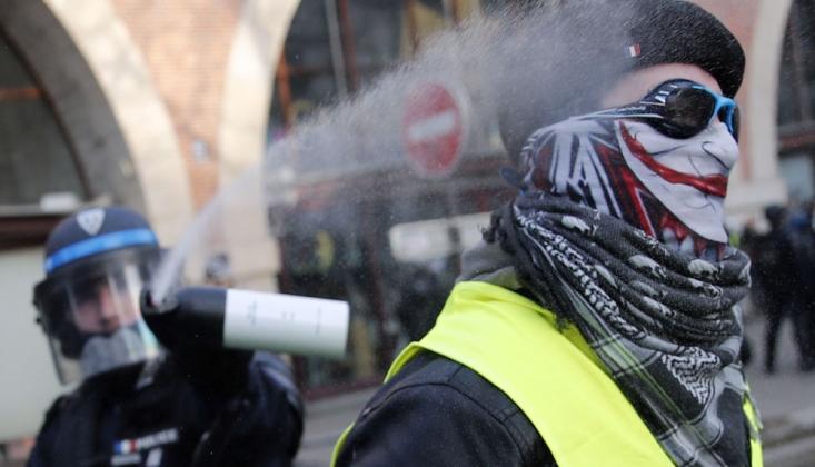 Fransa'da Sarı Yelekler'in Gösterilerinde 21 Kişi Gözaltına Alındı