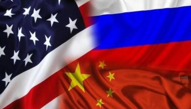 'ABD, Rusya ile Üçlü Nükleer Anlaşmayı Görüşme Niyetinde'