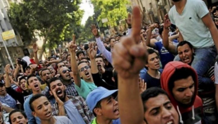 Mısır'daki Protestolar Diğer Şehirlere Sıçradı