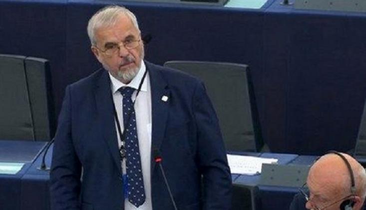 Çek Milletvekili: Suriye'deki ABD ve Türk Güçleri İşgalcidir