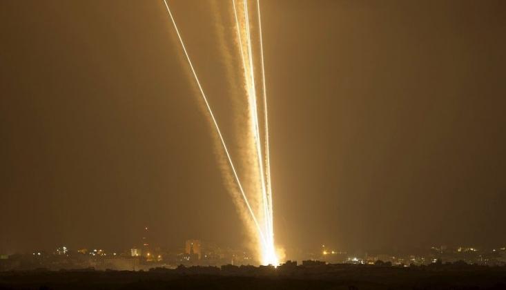 Gazze'den İsrail'in Güneyine Yüzlerce Füze Atıldı
