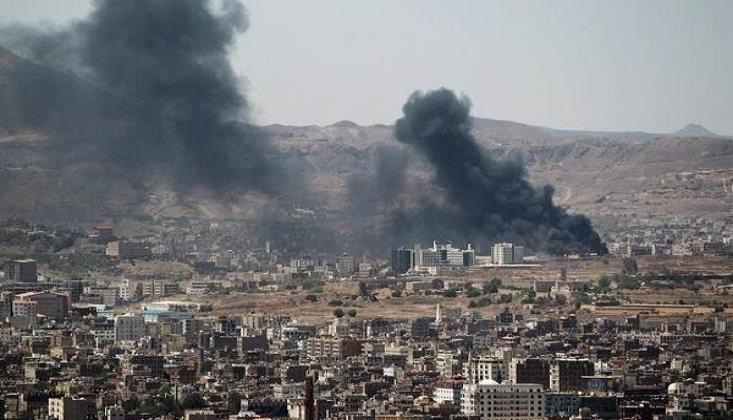 Suud Yemen'i Bombaladı
