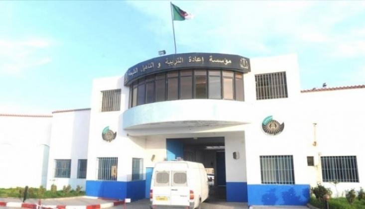 Cezayir'de 33 Aktivist Serbest Bırakıldı