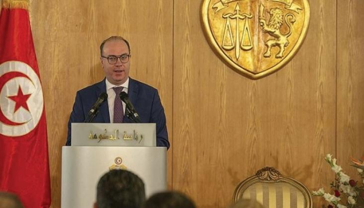 Tunus Başbakanı Fahfah İstifa Etti