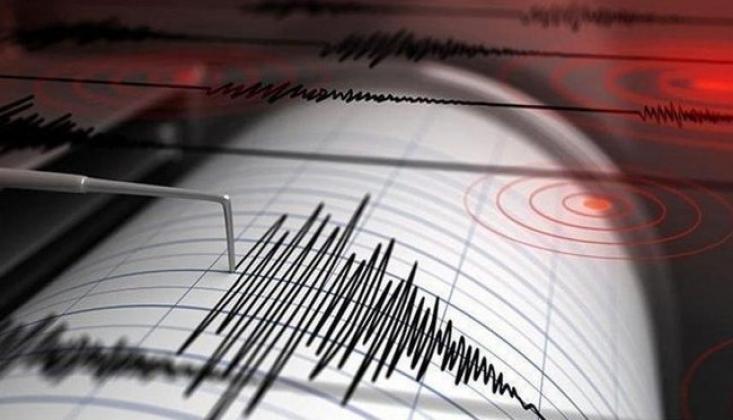 Japonya'da Korkutan Deprem