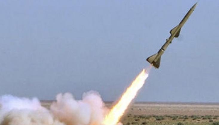 Hamas İşgalci Rejim Siyonist İsrail'i Vurdu