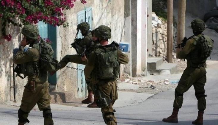 Siyonist Rejim İsrail Askerlerinden Ramallah'a Baskın