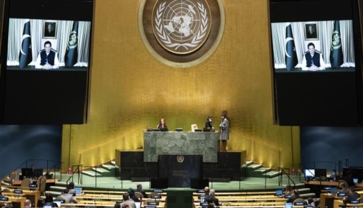 İmran Han Konuşurken, Hint Diplomat Salonu Terk Etti
