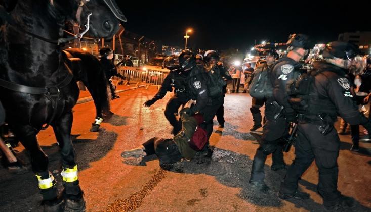 İşgal Rejimi Protesto Gösterisi Düzenleyen Filistinlilere Saldırdı