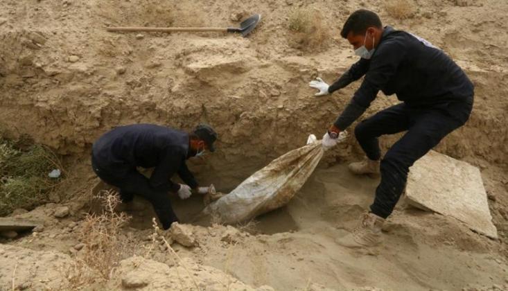 Irak'ta 12 Bin Ceset Bulundu