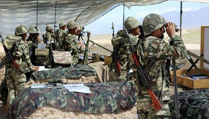 Azerbaycan, Rusya'nın Arabuluculuğuyla Ermenistan'a Yaklaşık 30 Askerin Cenazesini Verdi