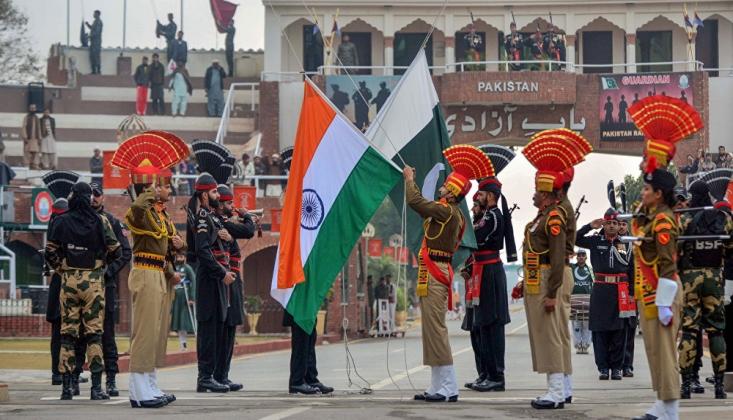 Hindistan Dışişleri: Pakistan, İçişlerimize Karışmayı Bırakmalı