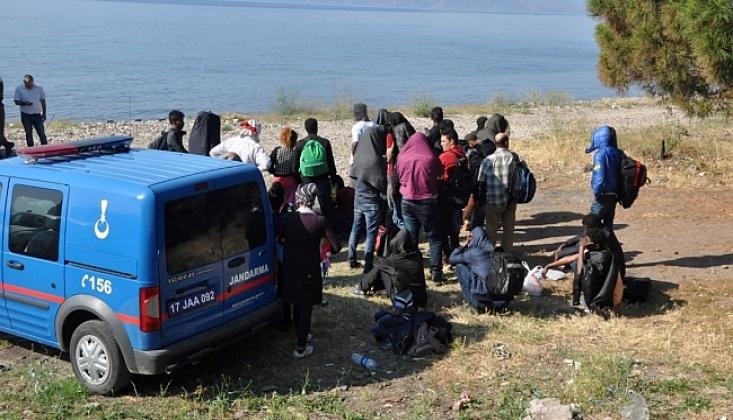 Ayvacık'ta Göçmenler Kurtarıldı