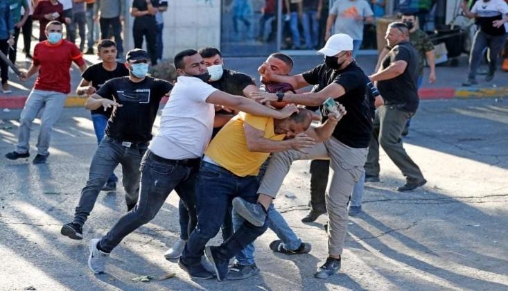 Filistin Yönetimi Protestoculara Saldırdı