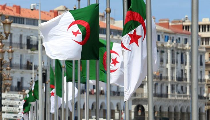 Cezayir'den Libya Sınırına İlişkin Önlemler Alma Kararı