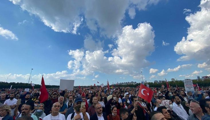 Aşı Karşıtları İstanbul'da Toplandı