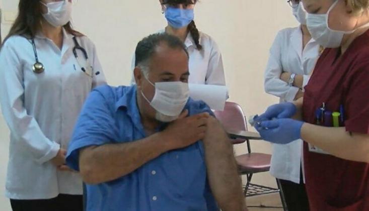 Cerrahpaşa'da İlk Gönüllü Aşılama Yapıldı