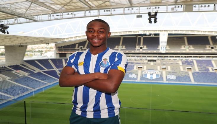 Porto, 16 Yaşındaki Baker-Boaitey'yi Kadrosuna Kattı
