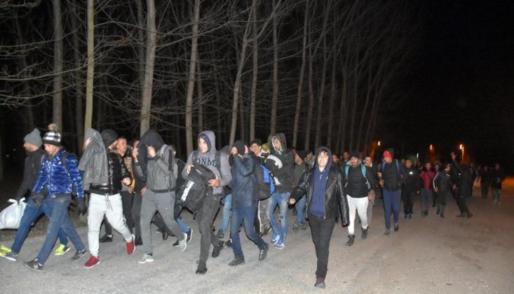 Sığınmacılar Sınıra Gidiyor