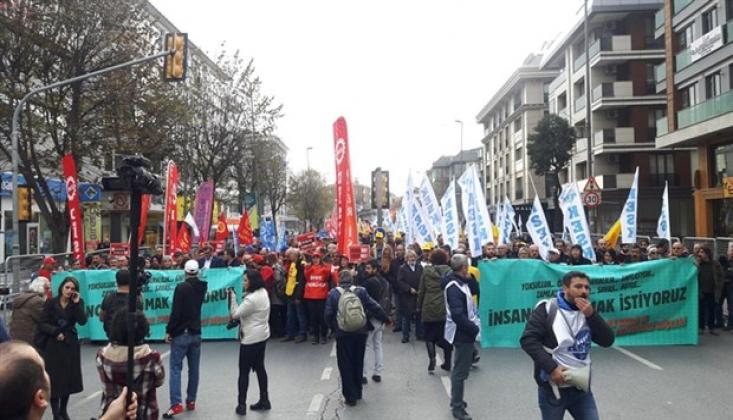 İstanbul'da Binler 'İnsanca Yaşamak İstiyoruz' Demek İçin Toplandı
