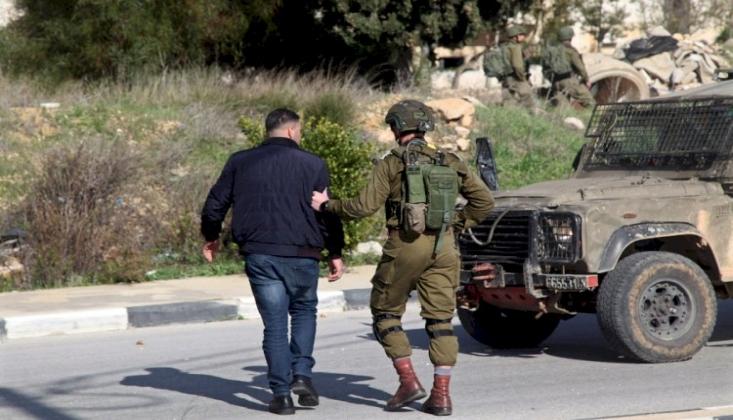 İşgal Rejimi 8 Filistinliyi Tutukladı