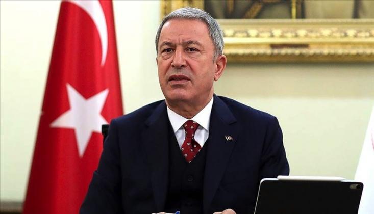 Milli Savunma Bakanı Akar Bağdat'ta