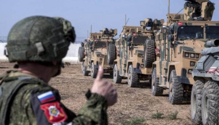 Rus uzman: Moskova, Ankara'yı İdlib'de Askeri Çözümün İmkansız Olduğuna İkna Etti