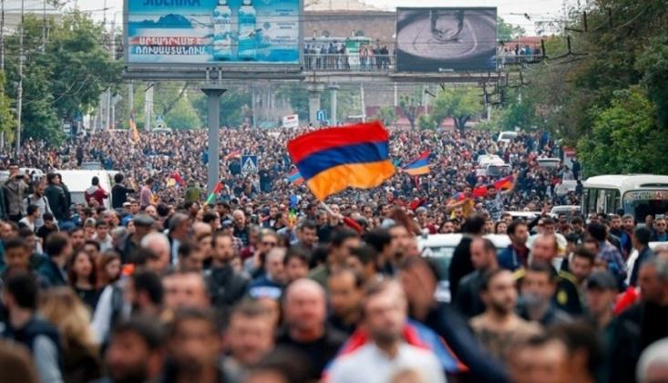 Ermenistan'da Sular Durulmuyor!
