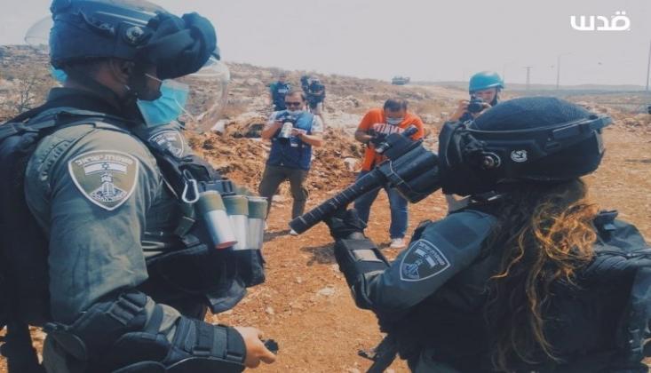 İşgalci İsrail Gazetecilere Saldırdı