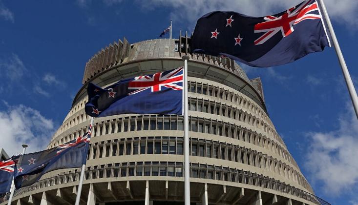 Yeni Zelanda'da Koronavirüs Nedeniyle Olağanüstü Hal İlan Edildi