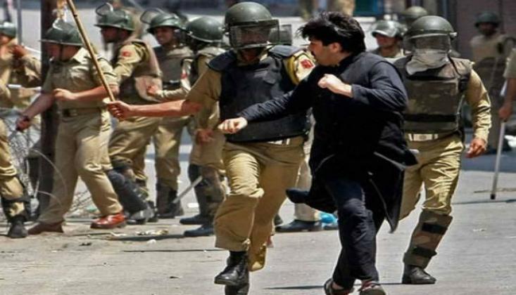 Keşmir'de 5 Binin Üzerinde Kişiye Gözaltı