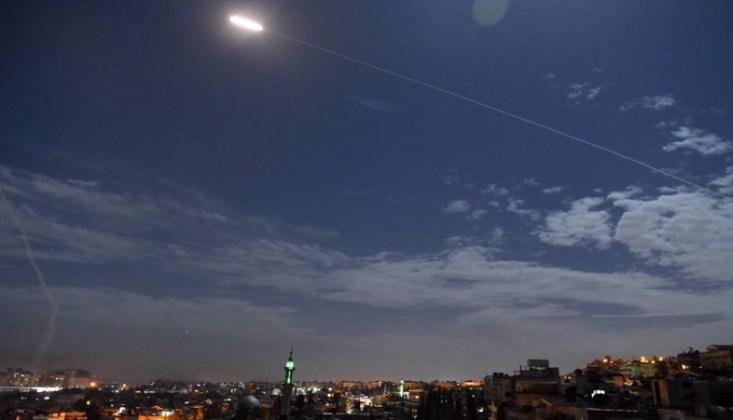 Suriye Hava Savunması Siyonist Rejimin Saldırılarına Cevap Verdi