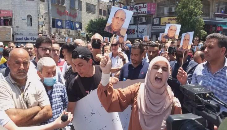 Filistin'de Protestolar Devam Ediyor
