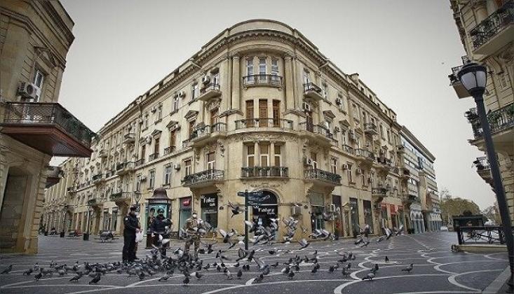 Bakü Sokakları Kovid-19 Tedbirleri Nedeniyle Boşaldı